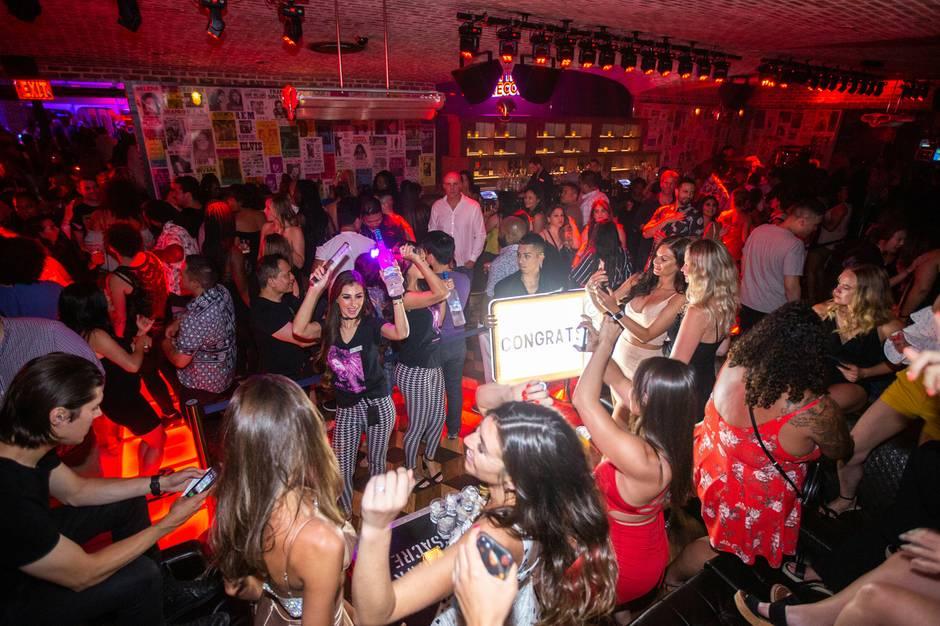 On-The-Record-Nightclub-and-Speak-Easy